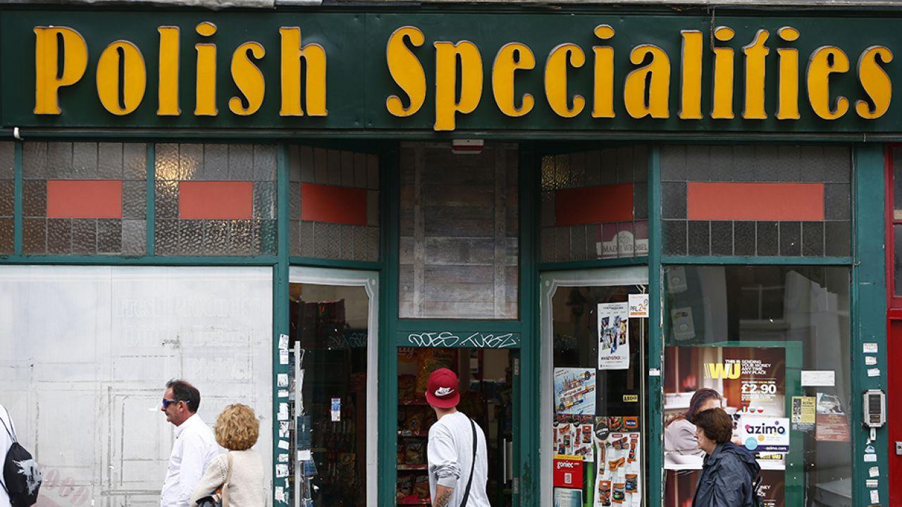 Polakom w Wielkiej Brytanii zakazano mówić po polsku (fot. REUTERS/Neil Hall)