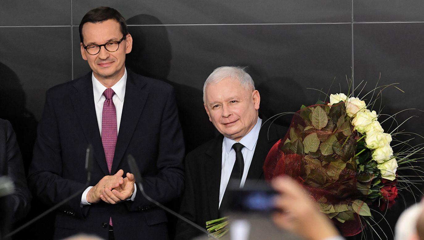 """Wynik sondażu to """"akceptacja decyzji, jakie zapadły przed wyborami"""" (fot. PAP/Radek Pietruszka)"""
