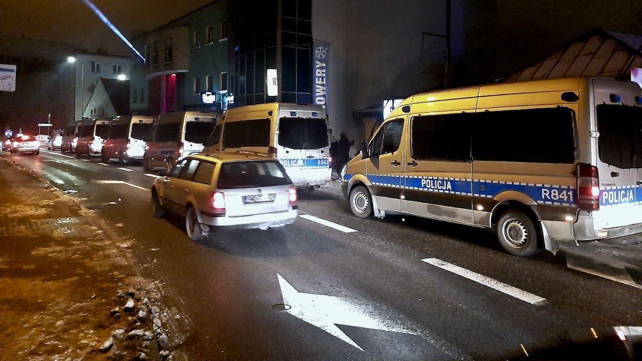 W interwencji wzięło udział ok. 150 policjantów (fot. PAP/Policja Śląska)