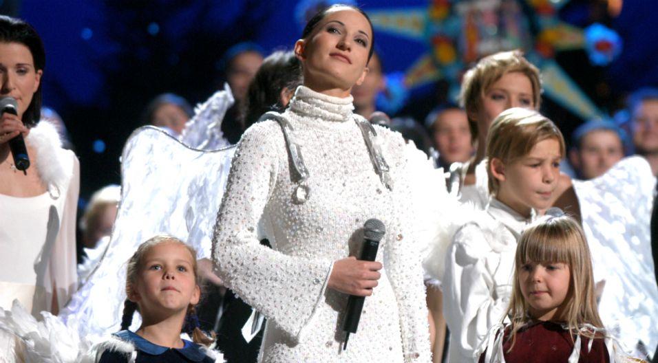 W 2003 roku piosenkarka wystąpiła podczas Koncertu Papieskiego dla Jana Pawła II (fot. TVP)