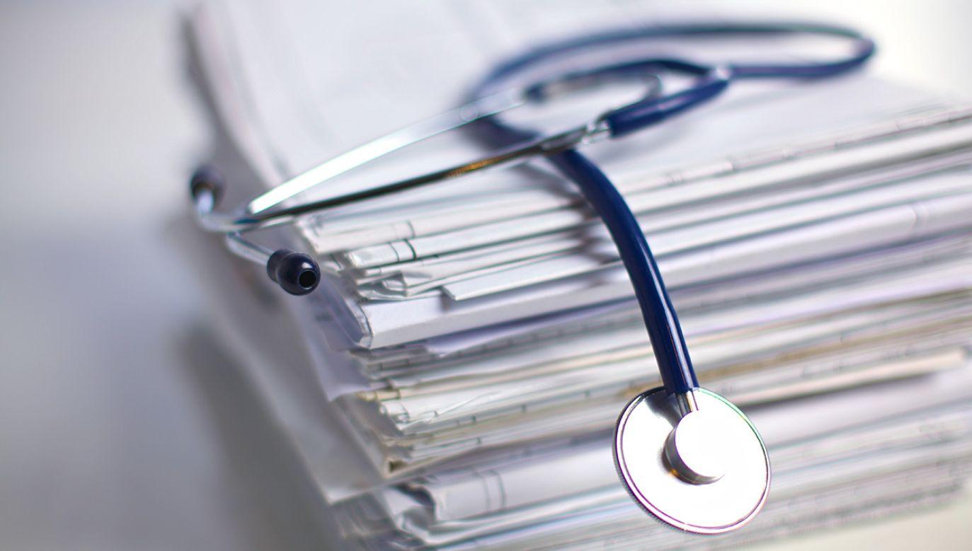 Nieprawidłowości wykryto w 9 na 24 szpitale (fot.  Shutterstock/Micolas)
