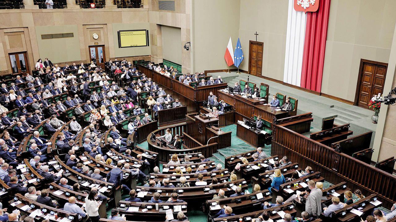 Na największe poparcie może liczyć Zjednoczona Prawica (fot. PAP/Mateusz Marek)