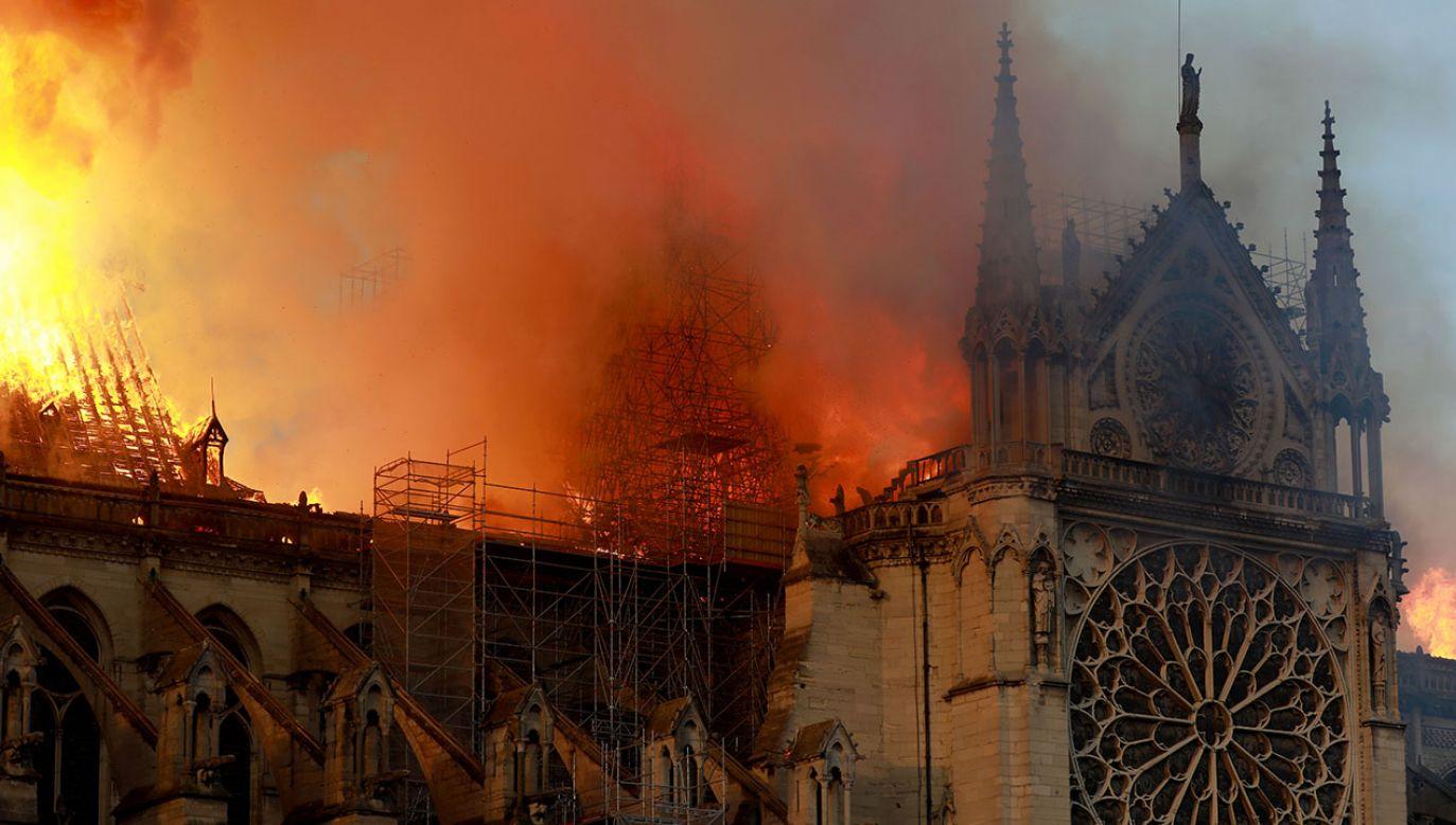 Francuzi chcą jak najszybszej odbudowy katedry Notre Dame. (fot. Pierre Suu/Getty Images)