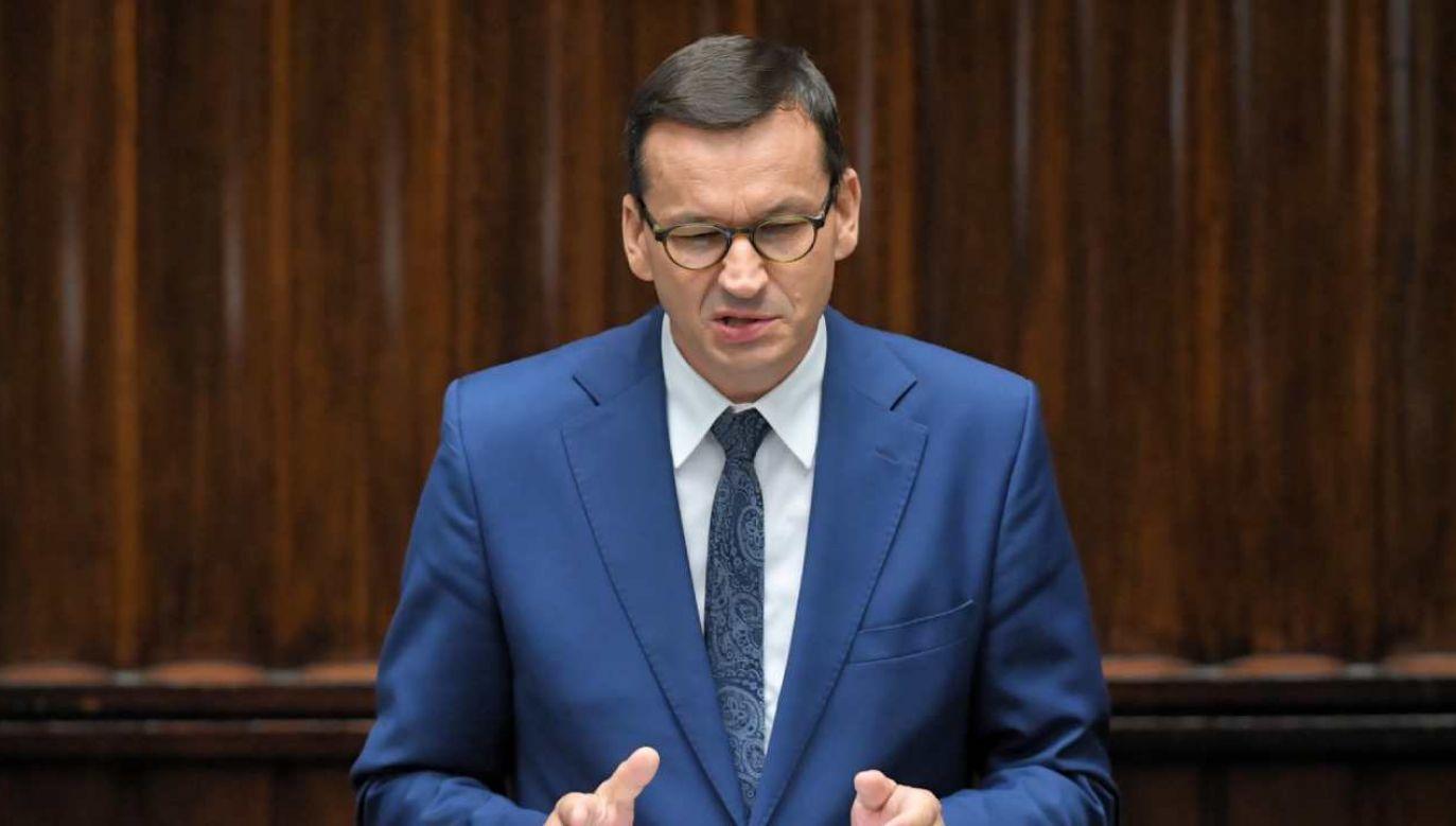 Premier Mateusz Morawiecki przemawia w Sejmie (fot. PAP/Radek Pietruszka)