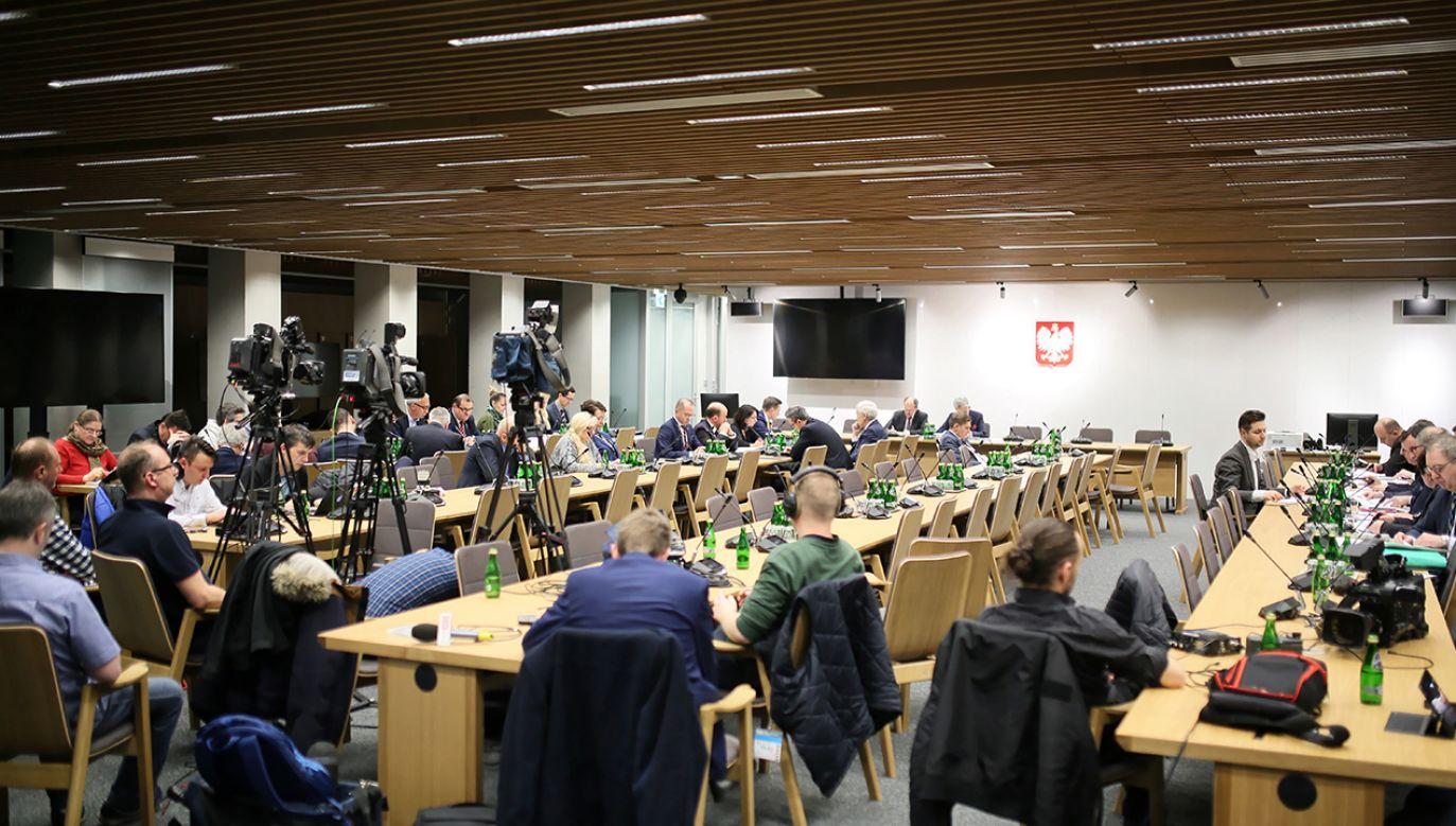 Komisje wybrały także wiceprzewodniczących (fot. PAP/Leszek Szymański)
