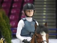 W zawodach biorą udział także dzieci (fot. cavaliada-warszawa.pl)