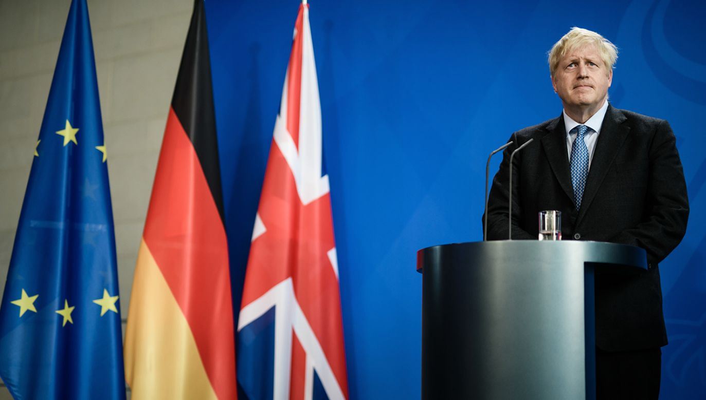 To pierwsza zagraniczna wizyta Johnsona w roli premiera W. Brytanii (fot. PAP/EPA/CLEMENS BILAN)