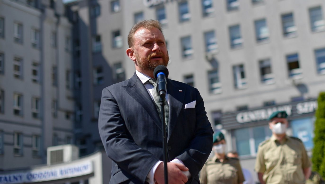 Minister zdrowia Łukasz Szumowski (fot. PAP/EPA/MARCIN OBARA)
