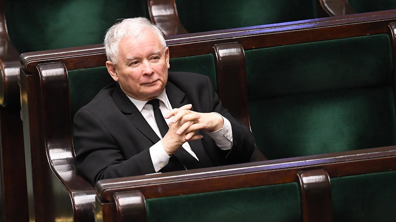 Duże zmiany poparcia (fot.  PAP/Radek Pietruszka)