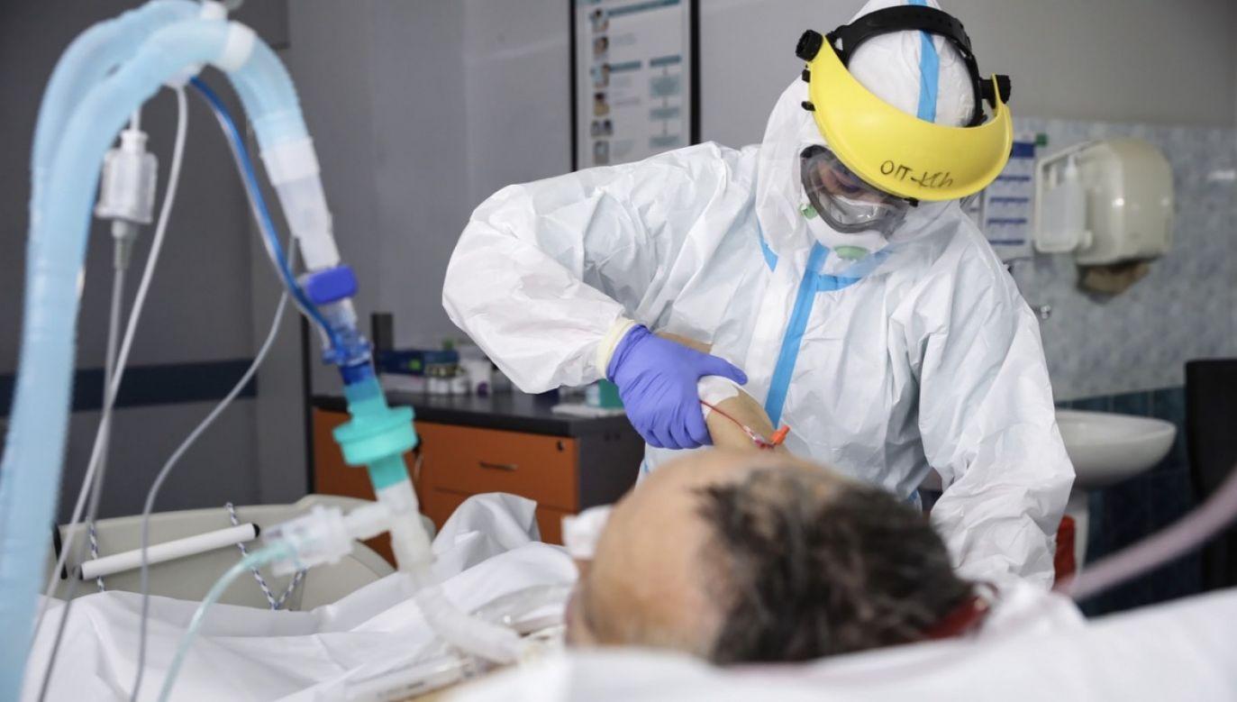 W ciągu doby z Covid-19 wyzdrowiało ponad 1,3 tys. pacjentów (fot. PAP/Leszek Szymański)