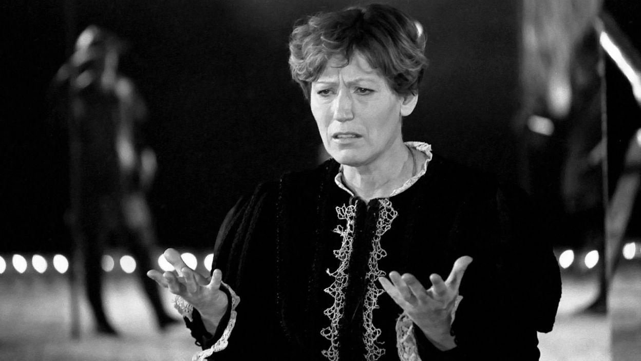 Andrzej Wajda zaprezentował swoją wersję w 1991 roku. Rolę Hamleta powierzył Teresie Budzisz-Krzyżanowskiej (fot. TVP)