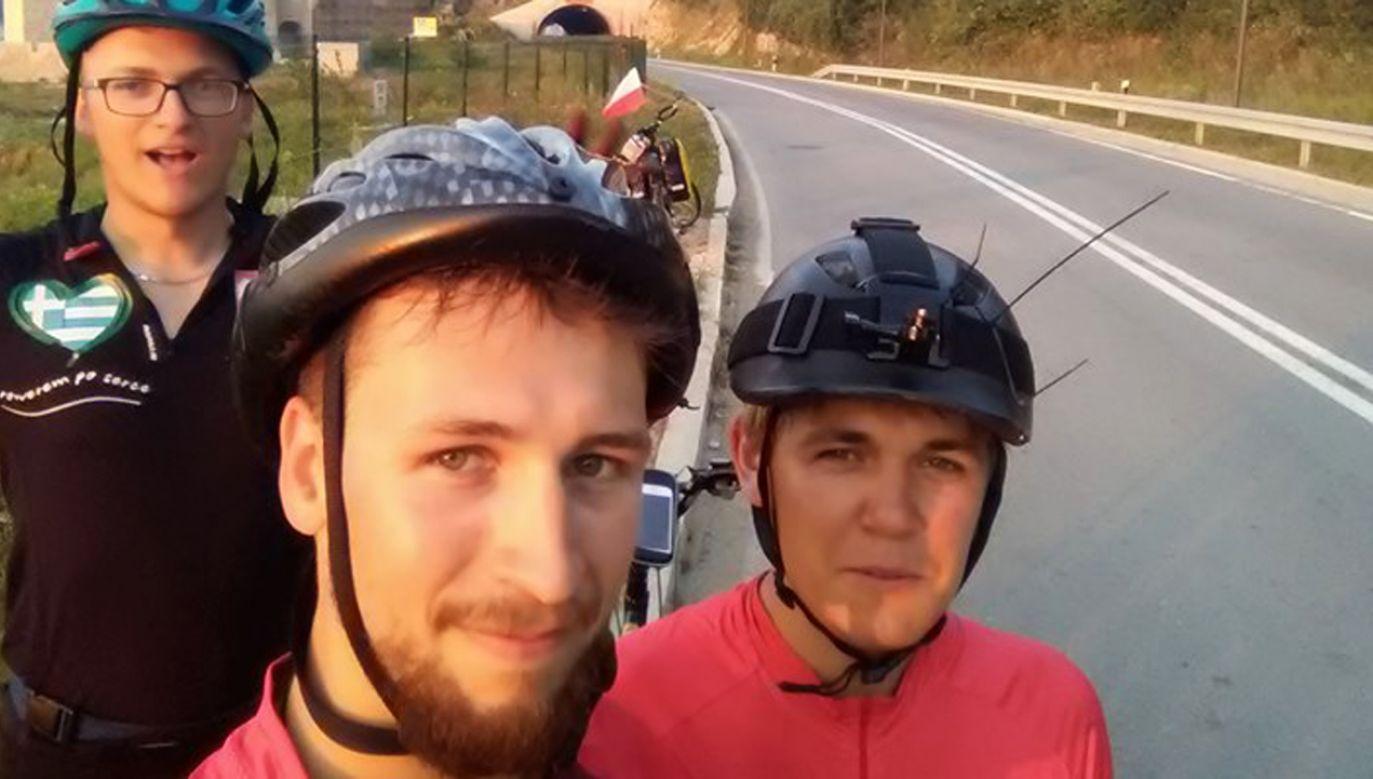 """W lipcu rusza rowerowa wyprawa do Neapolu  """"po oddech dla Paulinki"""" (fot. Fb/@fundacjamukohelp)"""