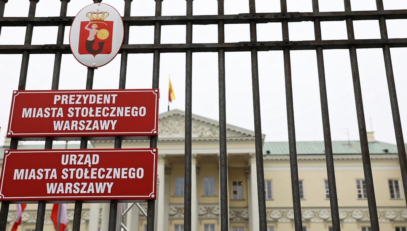 PiS postanowiła zaproponować rozwiązanie dotyczące jawności wydatków w stolicy  (fot. PAP/Rafał Guz)