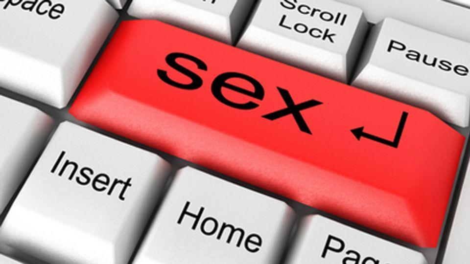 Niebezpieczeństwa związane z serwisem randkowym online