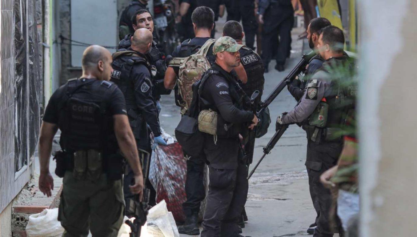 Akcja policji wymierzona była w gang narkotykowy (fot. PAP/EPA/Andre Coelho)