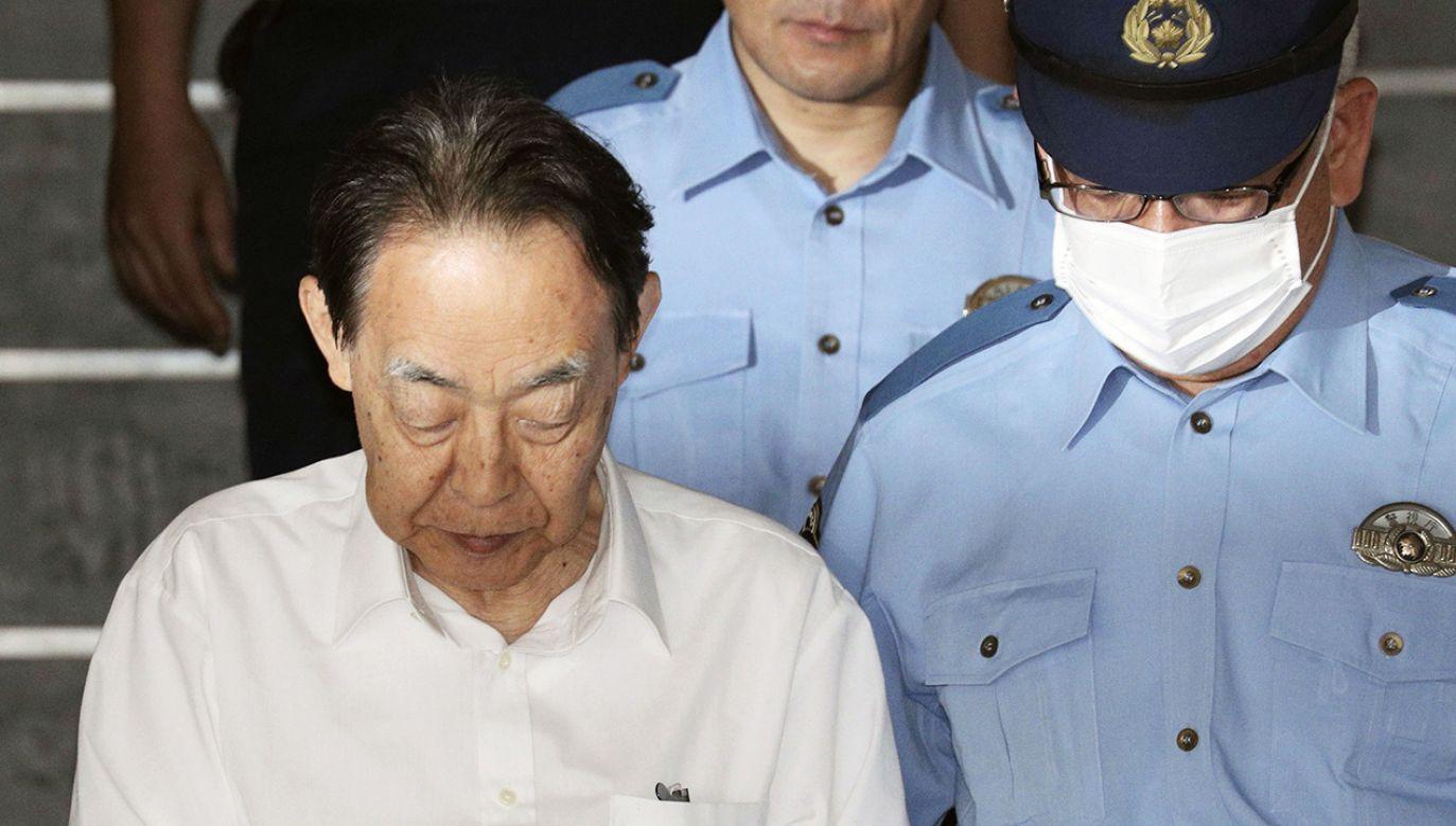 Po zaatakowaniu syna zadzwonił na policję i zgłosił sprawę (fot. Reuters/Kyodo)