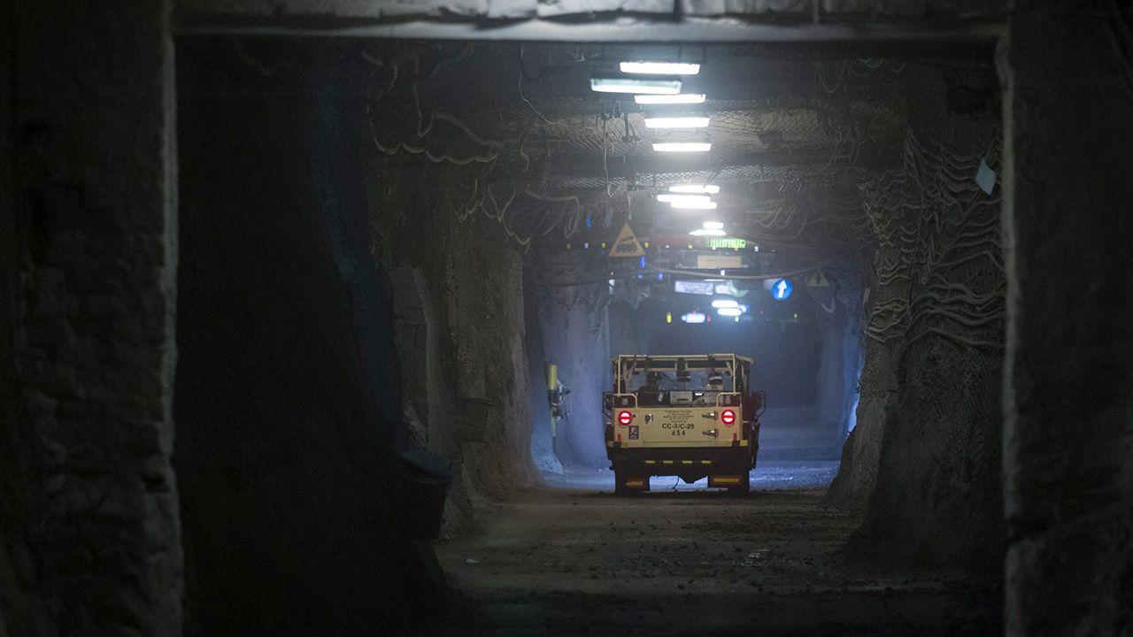 Wnętrze kopalni KGHM Polska Miedź S.A. ZG Rudna w Polkowicach (fot. arch. PAP/Aleksander Koźmiński)