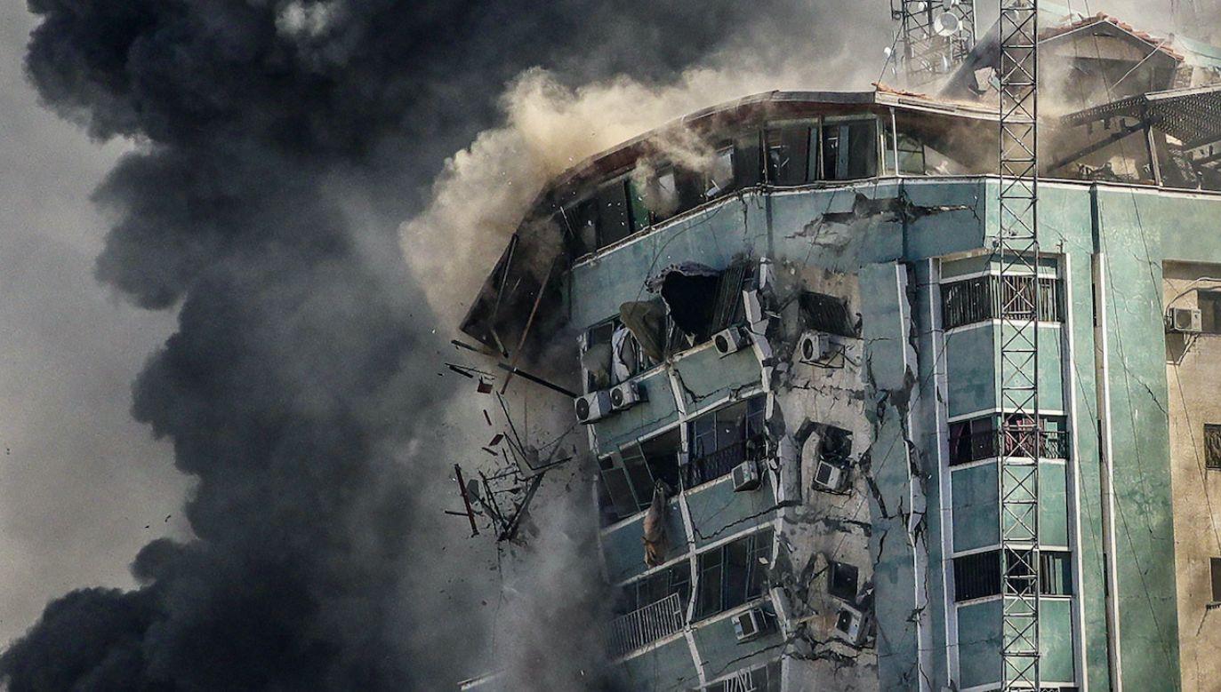 Bombardowanie w Strefie Gazy (fot. PAP/EPA/MOHAMMED SABER)