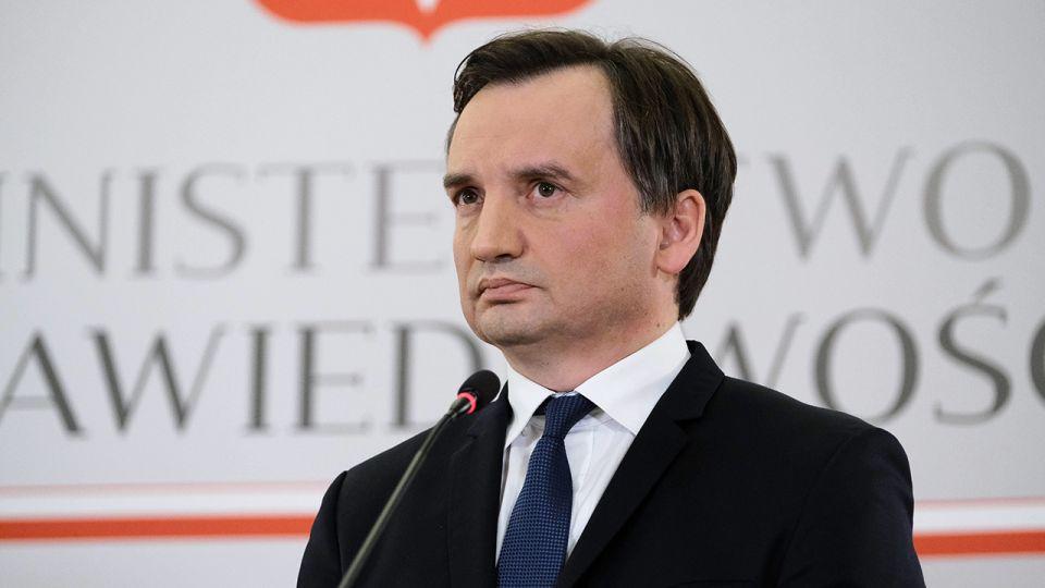 """Patrycja Kotecka zapowiada kroki prawne wobec redakcji """"Gazety Wyborczej"""" wieszwiecej - tvp.info"""