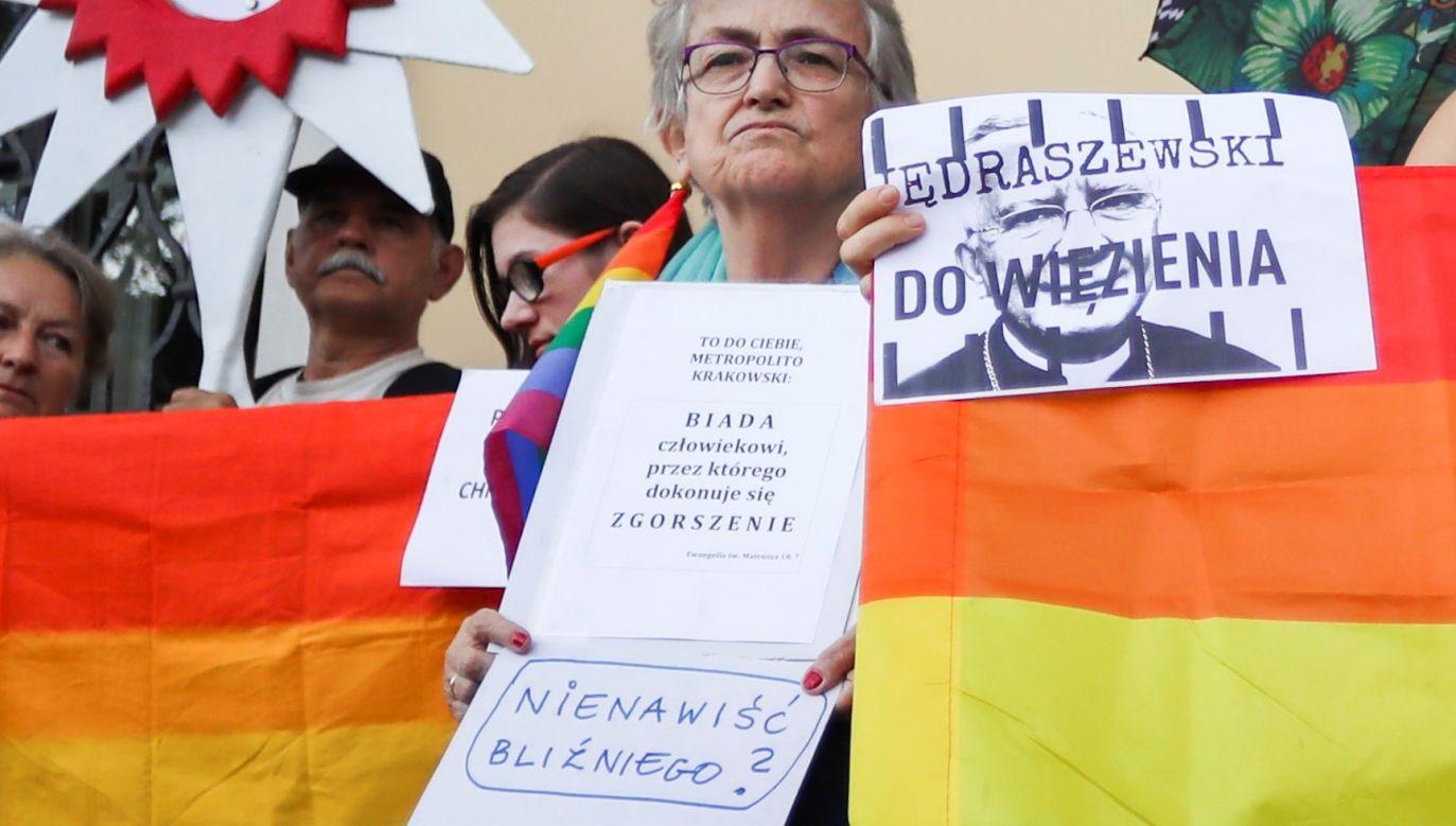 Środowiska LGBT domagają się uwięzienia abp. Marka Jędraszewskiego, za to, że nazwał ich ideologię