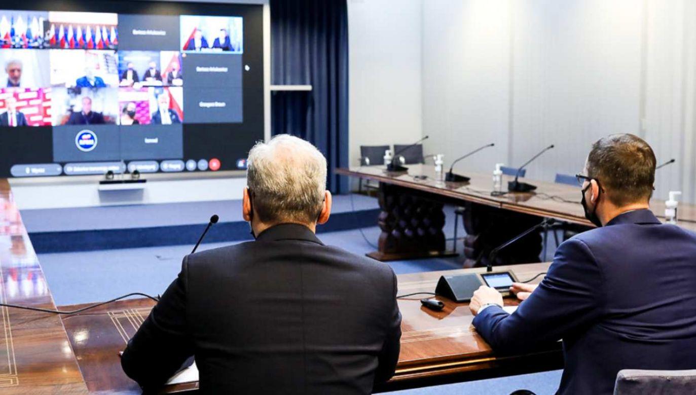 Spotkanie premiera Mateusza Morawieckiego w KPRM z opozycją ws. Narodowego Programu Szczepień (fot. KPRM/Rafał Guz)