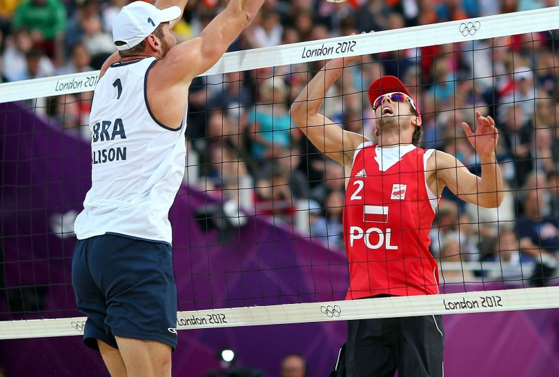 Grzegorz Fijałek w ataku (fot. Getty Images)