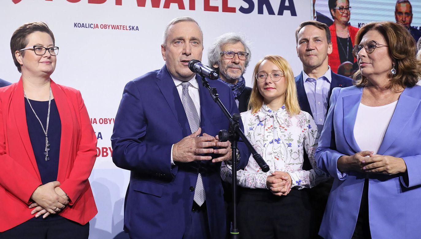 Przyszły poseł PO Paweł Poncyljusz przypuszcza, że do wyborów prezydenckich w maju 2020 roku Grzegorz Schetyna pozostanie szefem partii. (fot. PAP/Paweł Supernak)