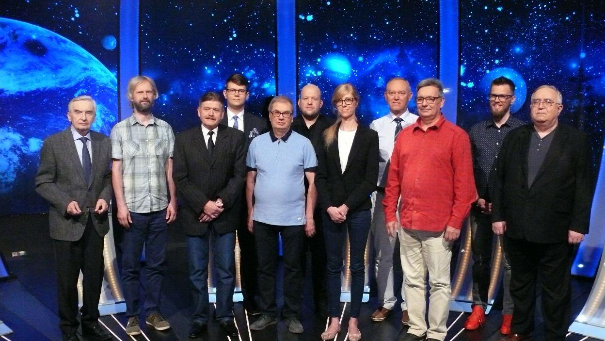 Pamiątkowa fotografia uczestników 17 odcinek 114 edycji