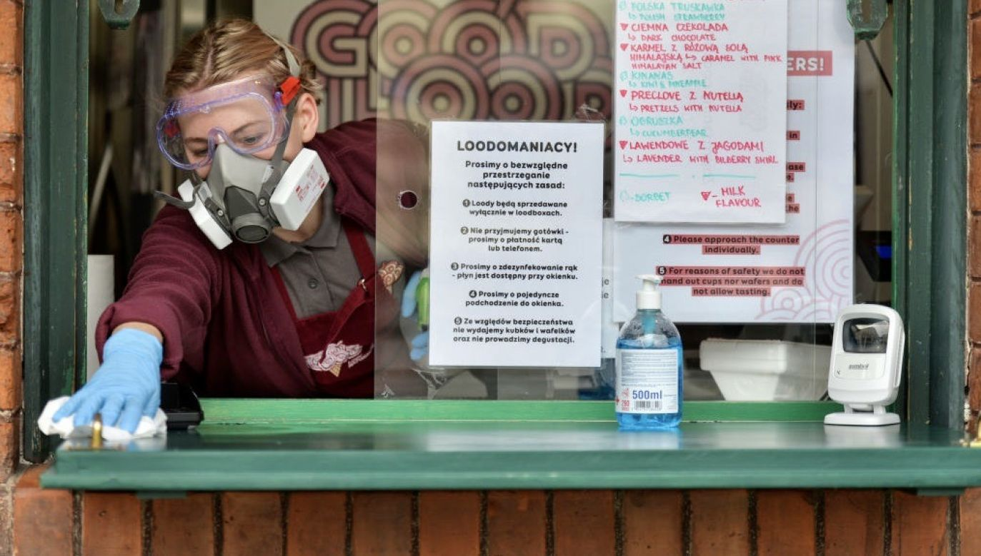 Łącznie negatywną ocenę (od 0-4) wystawiło ok. 38 proc. pytanych (fot. Mateusz Wlodarczyk/NurPhoto via Getty Images)