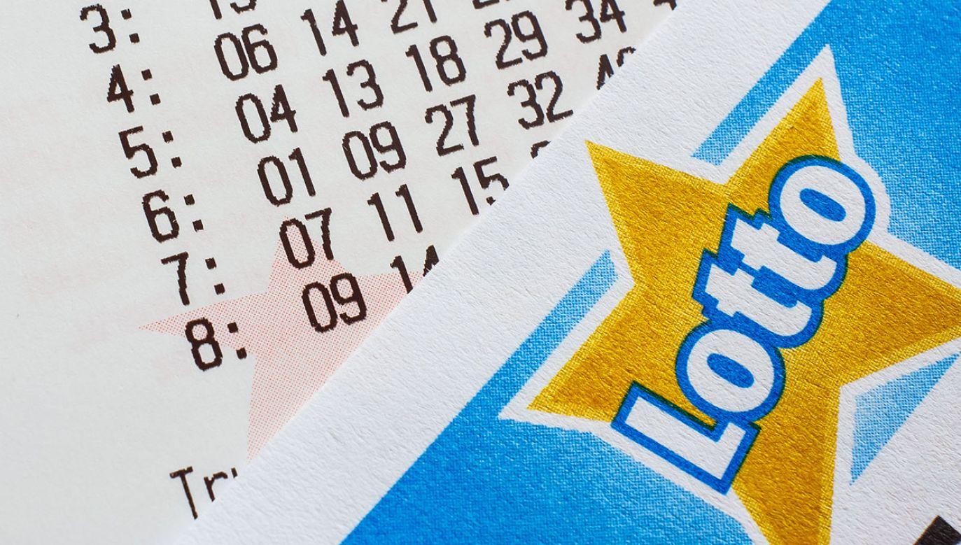 Wyniki losowania Lotto w poniedziałek, 18 października (fot. Shutterstock/Evan Lorne)
