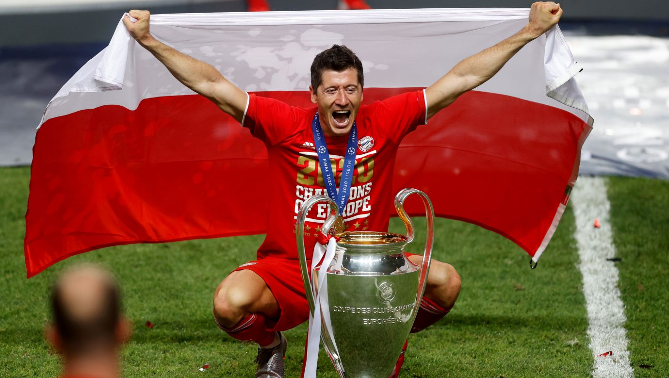 Robert Lewandowski wygrał w minionym sezonie wszystko, co było do wygrania (fot. Getty Images)