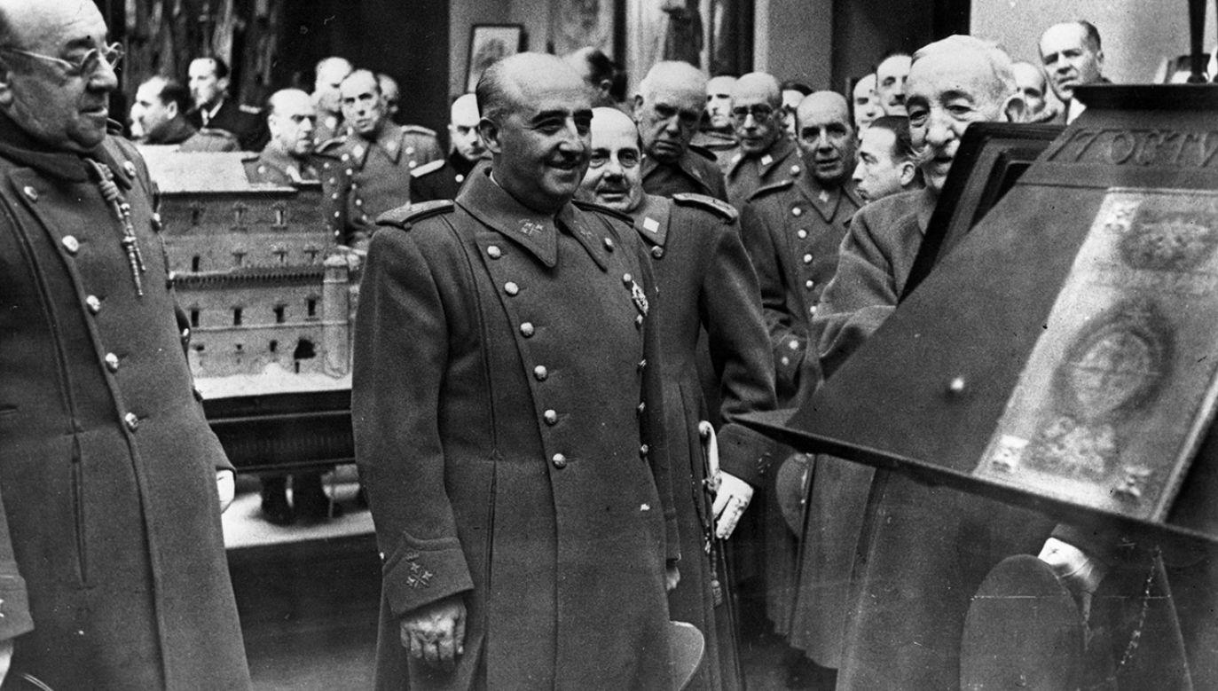 Dokument przygotowany ponad siedem lat przed śmiercią gen. Franco zawiera też wzmiankę dotyczącą jego pochówku (fot. Keystone/Getty Images)