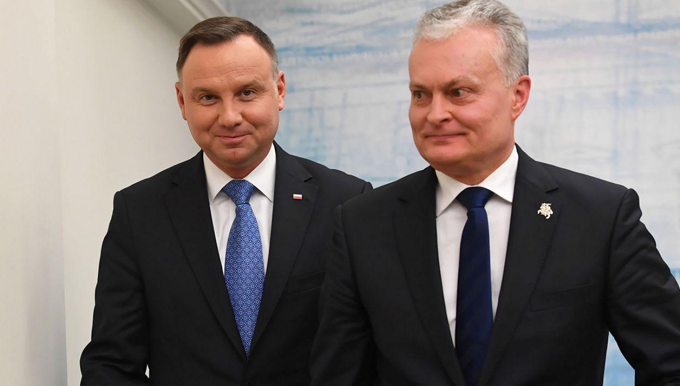 Prezydent Andrzej Duda wraz z małżonką Agatą Kornhauser-Dudą rozpoczął dwudniową wizytę na Litwie (fot. PAP/Piotr Nowak)