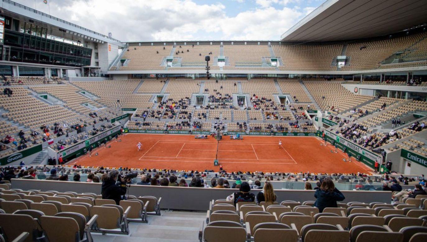 Przed zwycięstwem we French Open Iga Świątek zarobiła na korcie 1,1 mln dolarów (fot. Tim Clayton/Corbis via Getty Images)