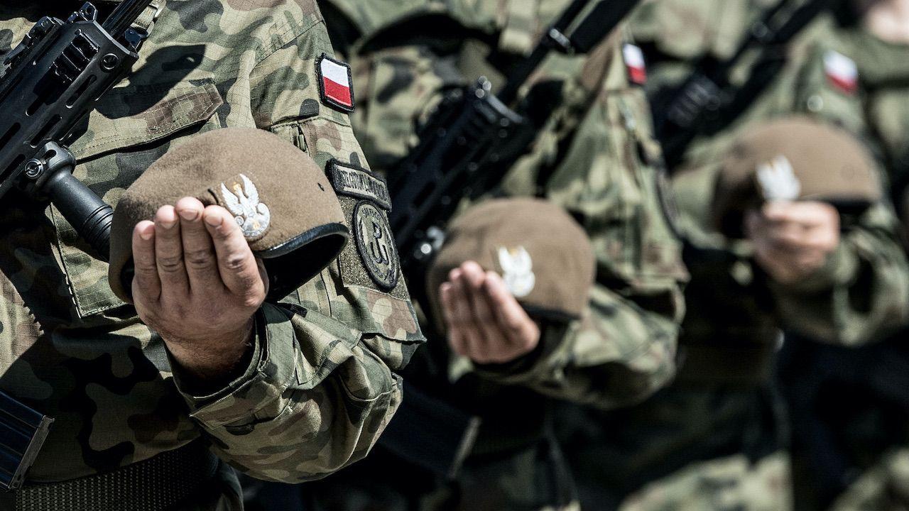 Wojsko może szczepić pacjentów lub zawozić ich na szczepienia (fot. WOT)