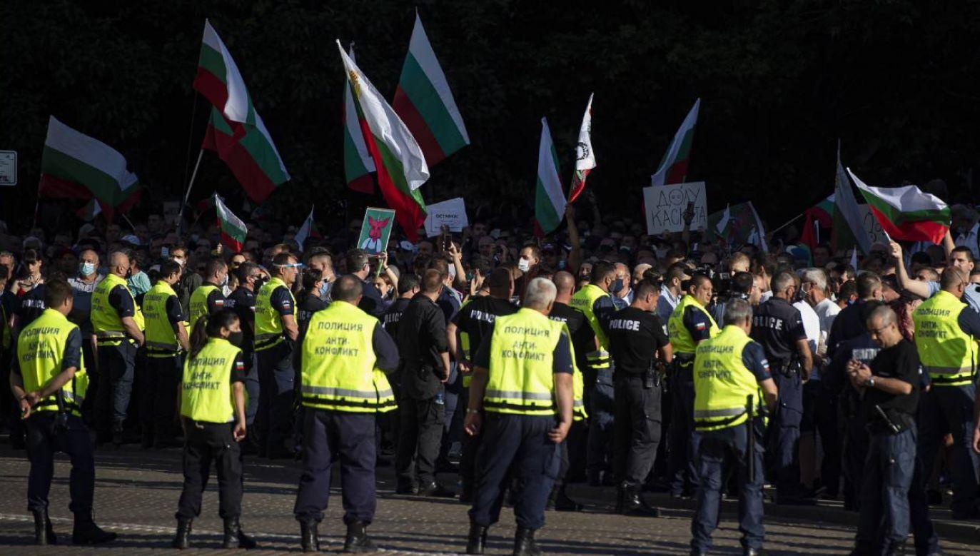 Protesty mają być wznowione w sobotę (fot. PAP/EPA/VASSIL DONEV)