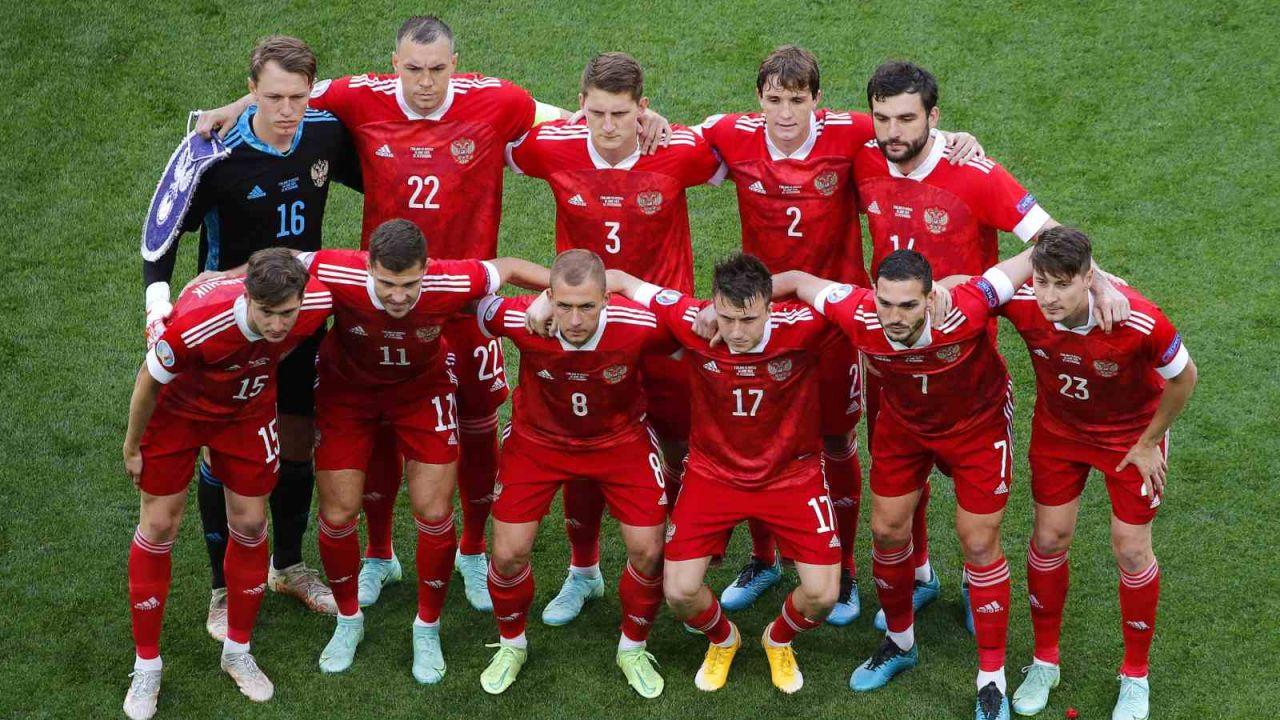 Reprezentanci Rosji przed meczem z Finlandią (fot. PAP/EPA)