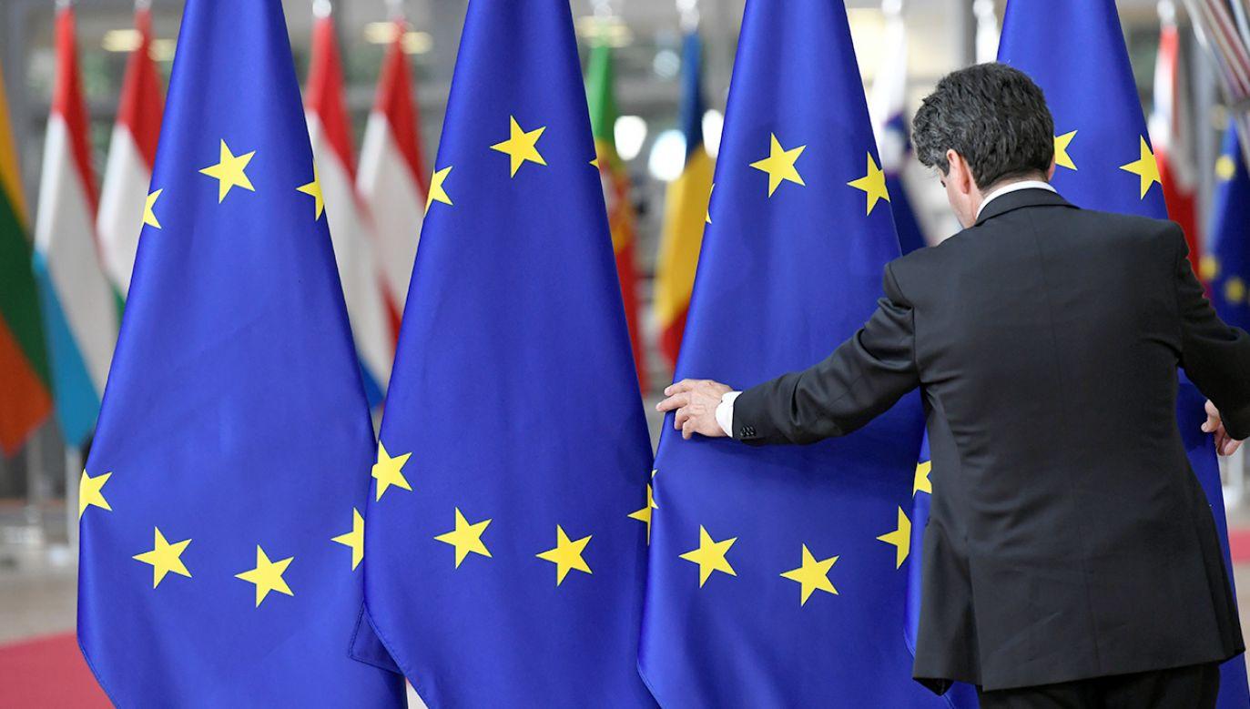 W czwartek rozpocznie się w Brukseli szczyt, na którym przywódcy 28 krajów UE będą decydować o obsadzie unijnych stanowisk (fot. REUTERS/Piroschka van de Wouw)