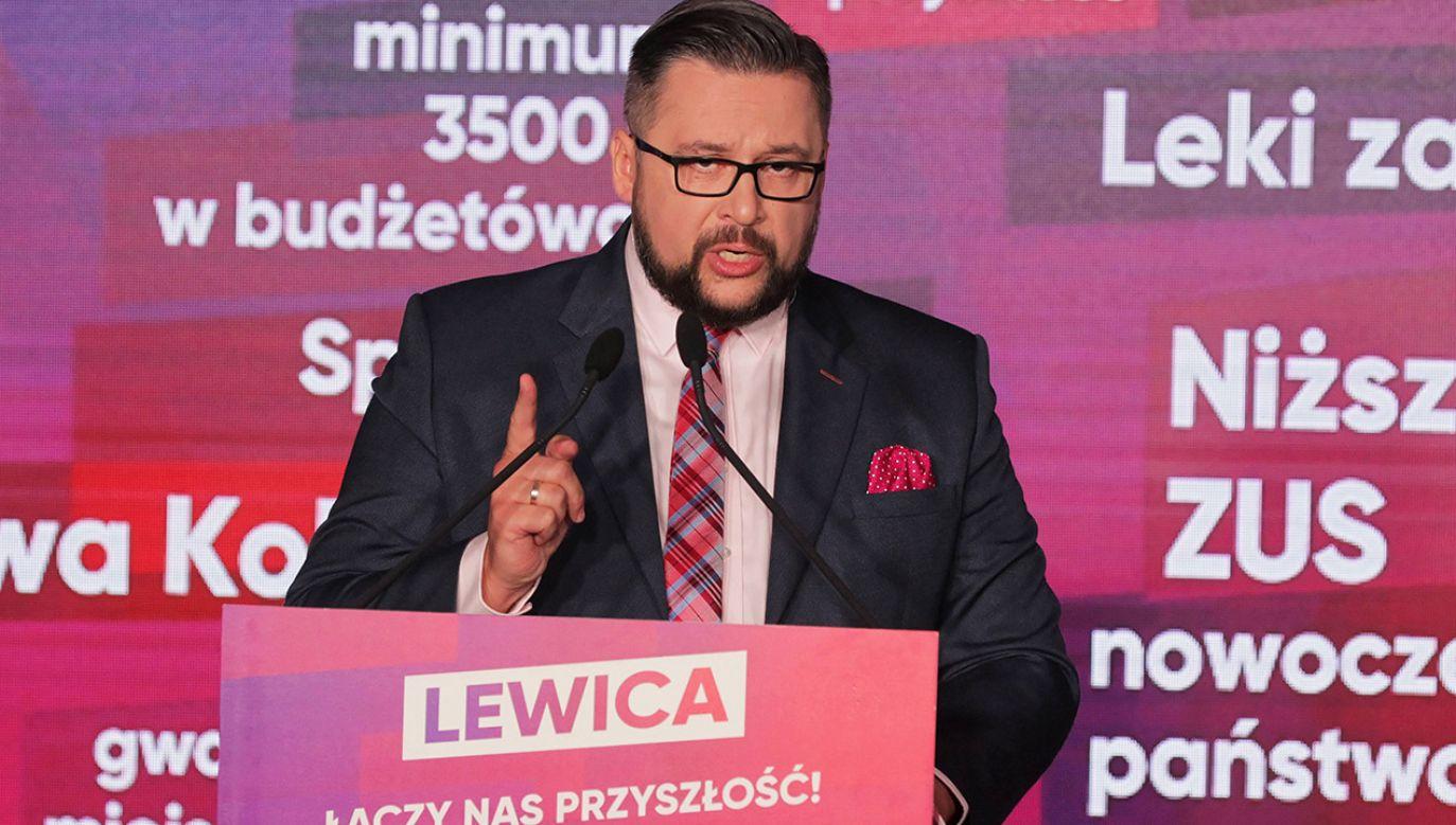 Sekretarz generalny SLD twierdzi, że za pensję poselską trudno byłoby jadać obiady na mieście (fot. arch.PAP/Tomasz Waszczuk)