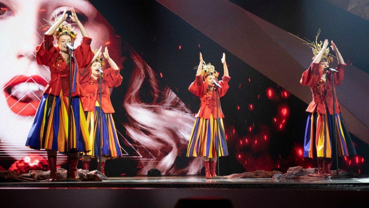 Polskę w tym roku reprezentował zespół folkowy Tulia. Dziewczyny, mimo świetnego występu, nie dostały się do finału w Tel Awiwie. Zabrakło im 2 punktów do awansu... (fot. Andres Putting/EBU)