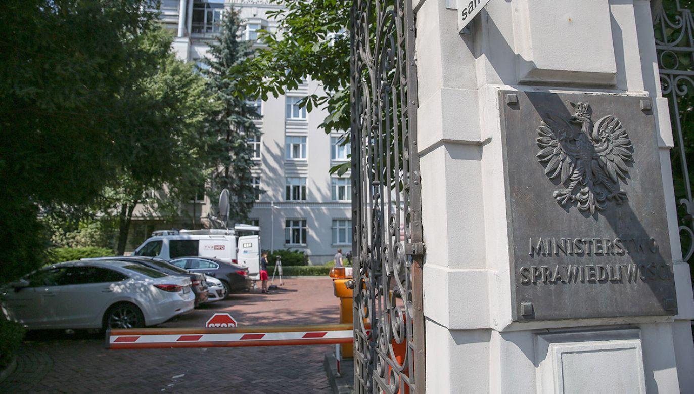 Wiceminister Wójcik zapowiedział, że resort przygotuje stanowisko w sprawie poruszonej przez Grzegorza Schetynę (fot. arch.PAP/Rafał Guz)