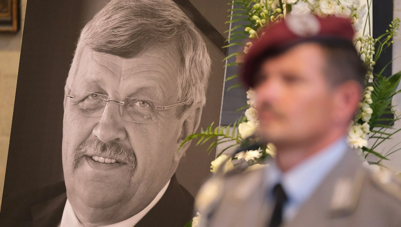 Polityk rządzącej Niemcami partii CDU Walter Luebcke został zastrzelony na tarasie swojego domu (fot. Sean Gallup/Getty Images)