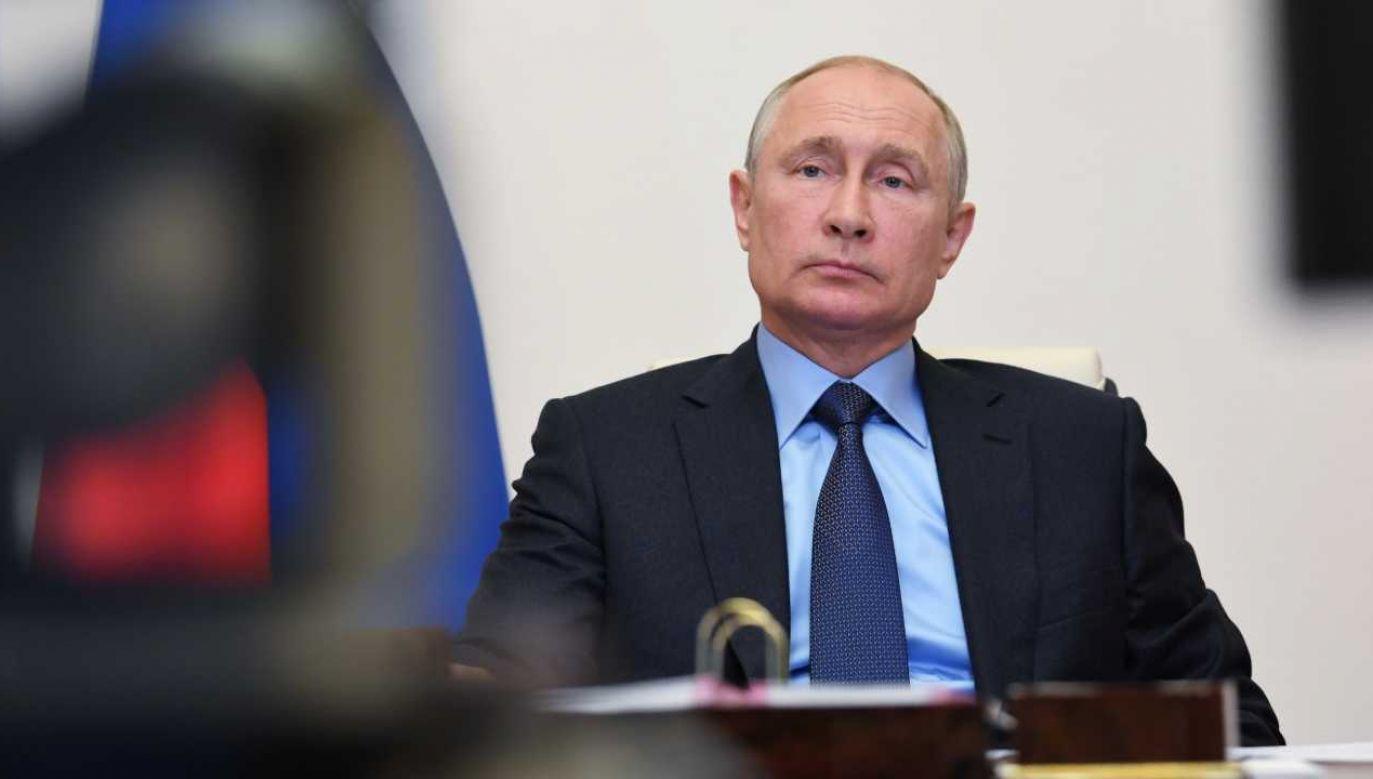 Władimir Putin nie tak wyobrażał sobie 20. rocznicę objęcia rządów (fot. PAP/EPA/ALEXEI NIKOLSKY/SPUTNIK /KREMLIN POOL / POOL)