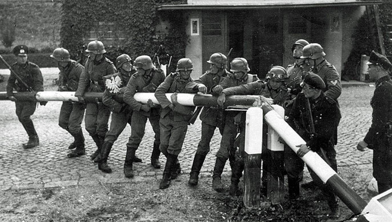 Niemcy zaatakowały Polskę po podpisaniu paktu Ribbentrop-Mołotow (fot. Bundesarchiv/Hans Sönnke)