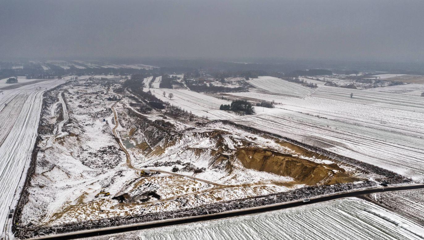 Zwłoki odnaleziono w okolicach żwirowni (fot.arch.PAP/Grzegorz Michałowski)