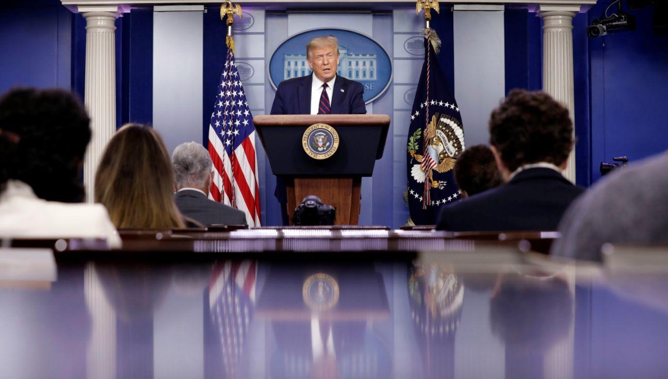 Donald Trump nałożył na Rosję kolejne sankcje i ograniczał jej pole manewru, wsparł Ukrainę politycznie i militarnie, zainteresował się bezpieczeństwem i energetyką Europy Środowo-Wschodniej – w tym mocno postawił na relacje z Polską (fot. PAP/EPA/YURI GRIPAS / POOL)