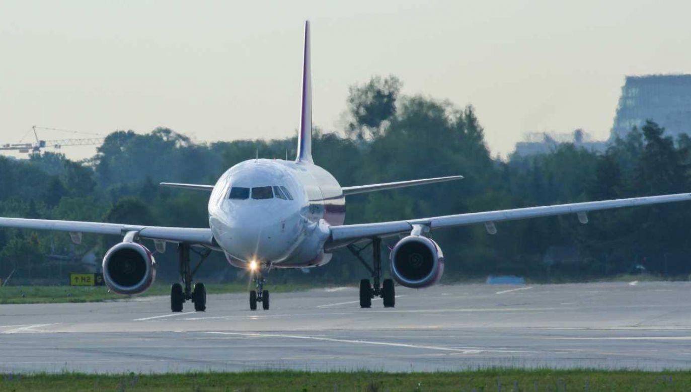 CPK zintegruje transport lotniczy, kolejowy i drogowy (fot. Shutterstock/MS_Digital)