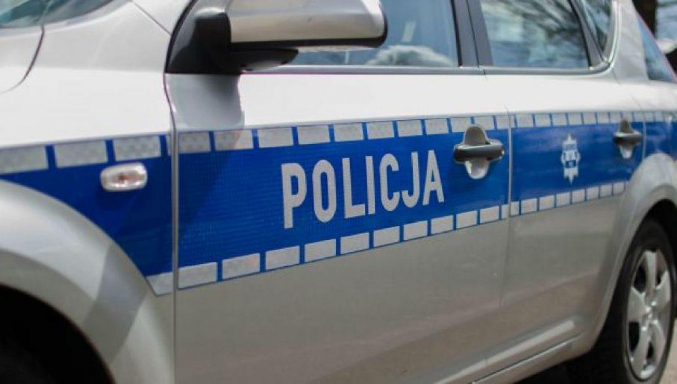 Policja ustalała okoliczności wypadku (fot. tvp.info/Paweł Chrabąszcz)
