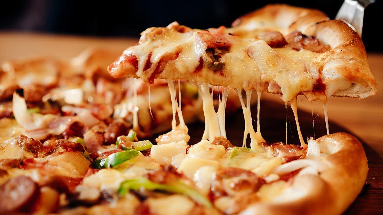 Szef wykluczył ją z tzw. piątków z pizzą(fot. Shutterstock/Qilin's prance Filmmaker)