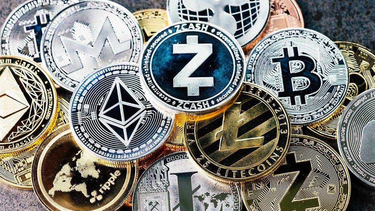 Mieszkaniec Wrześni stracił 200 tys. złotych (fot. Shutterstock/eamesBot)